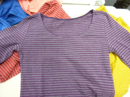 ホットコットのシャツ