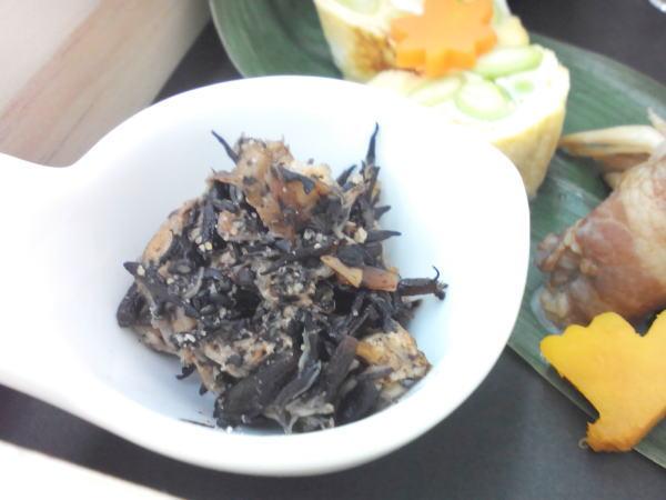 ひじきとホタテ貝柱のゴマ煮
